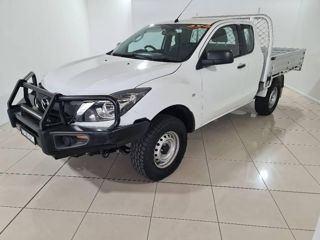16 Mazda BT-50 UR0YF1 XT FREESTYLE